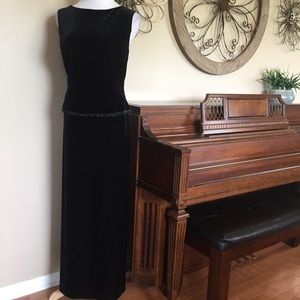 Teddi Size 14 Black Velvet Maxi Evening Dress